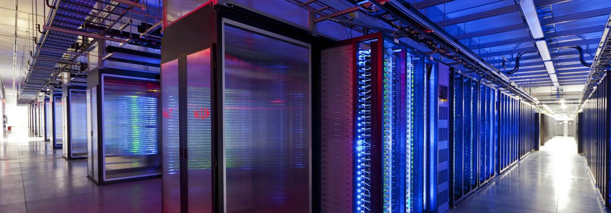 Image of a data centre used to illustrate Cisco Support services provided by 4CornerNetworks